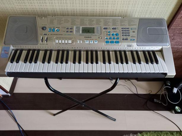 Синтезатор Casio LK-300tv