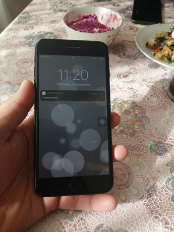 Продам айфон 7 плюс на 32гб