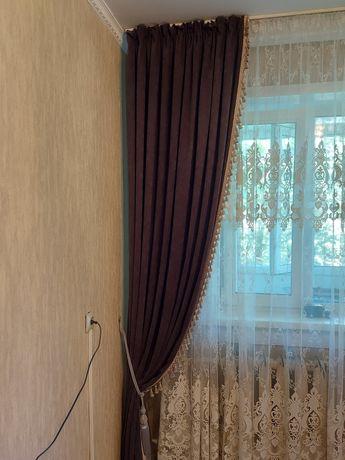 Продам 2 шторы новые без бахромы