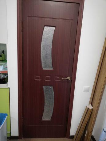 Межкомнатные двери Б/У (3 шт)