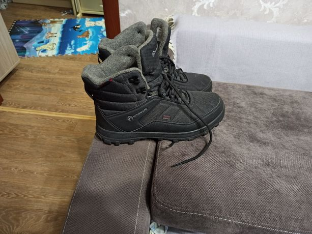 Продам ботинки зима