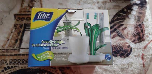 Поставка за четки за зъби и паста