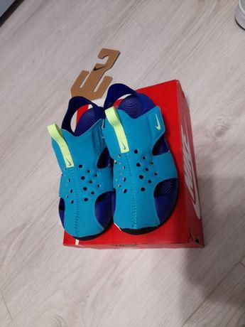Sandale nike mar. 29,5 stare foarte buna