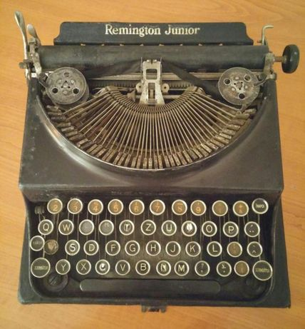 Masina de scris de colectie Remington Junior