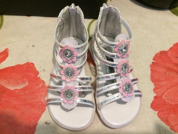 детски сандалки scarpe alati