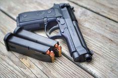 Pistol FOARTE PUTERNIC Airsoft Beretta/Manson Culisabil/Full METAL