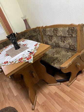 Coltar bucatarie cu 2 lazi depozitare+masa+ 2 scaune set