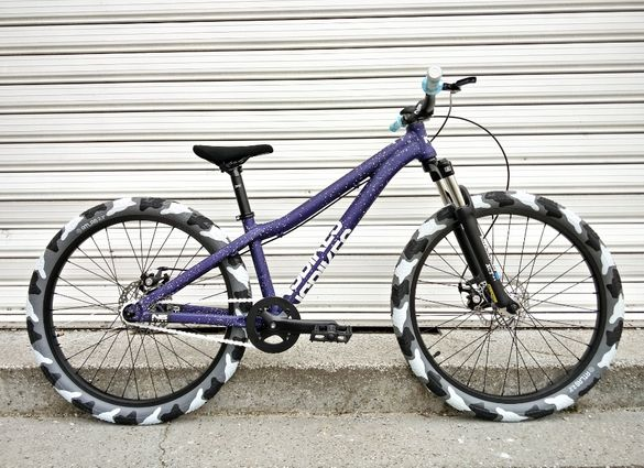НОВИ NS BIKES ZIRCUS CAMO цяло колело дърт dirt jump велосипед