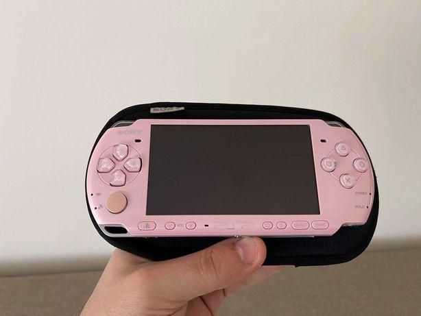 Playstation portabil SONY PSP 3004 modat cu 40 jocuri pe cardul de 4gb