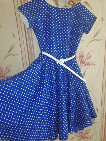 Красивое синее платье для девочек