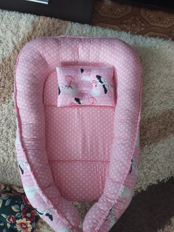 Кокон для новорожденных с подушкой