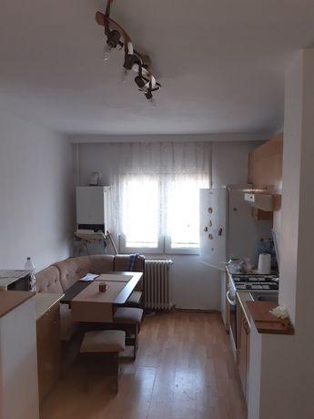 Apartament 3 camere Bulevard Decebal, Bl. D, zona Lido/Casa de Pensii