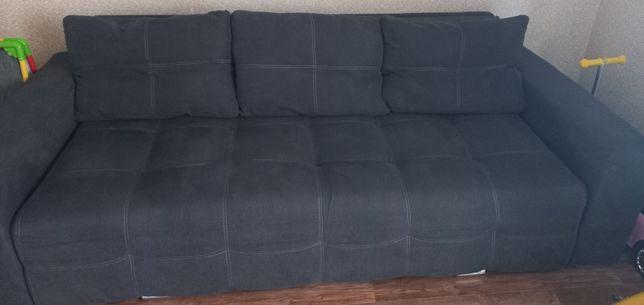 Продам диван. В отличном состоянии