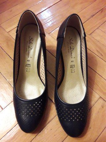 Pantofi dama, marimea 39, piele