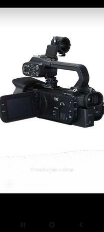 Închiruez cameră Video Canon XA11 +Microfon Wireless + Căști + Lampă.