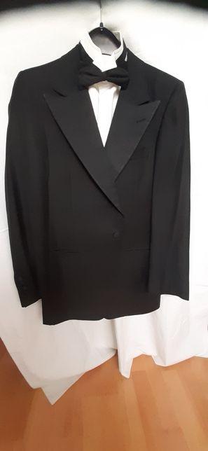 SIR WILSON Costum smoking+brau E.Z. matase naturala+papion Givenchy