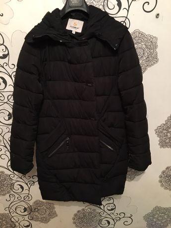 Продам тёплую зимнюю куртку,уже помыла,размер XL,мех натуральный