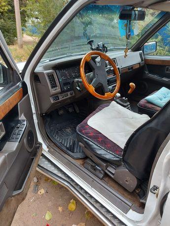 Продам автомобиль Ниссан террано. 1992 года.