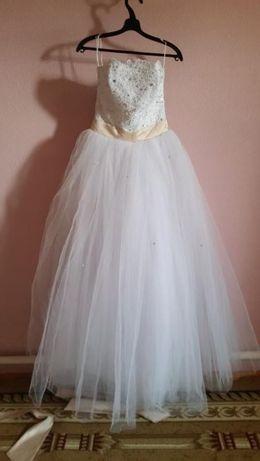 Свадебное платье в казахском стиле