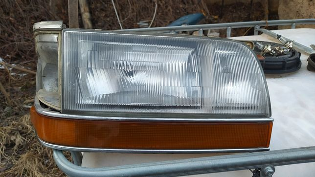 Тойота хайс фара, поворотник