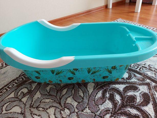 Ванночка с лежаком для купания