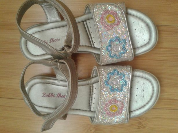 Sandale nr 29, Bobbi shoes