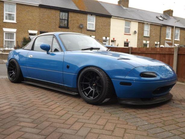 Губа и пороги для Mazda miata