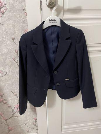 Школьная форма для девочки ( пиджак, сарафан, юбка) 1 класс. Р-122