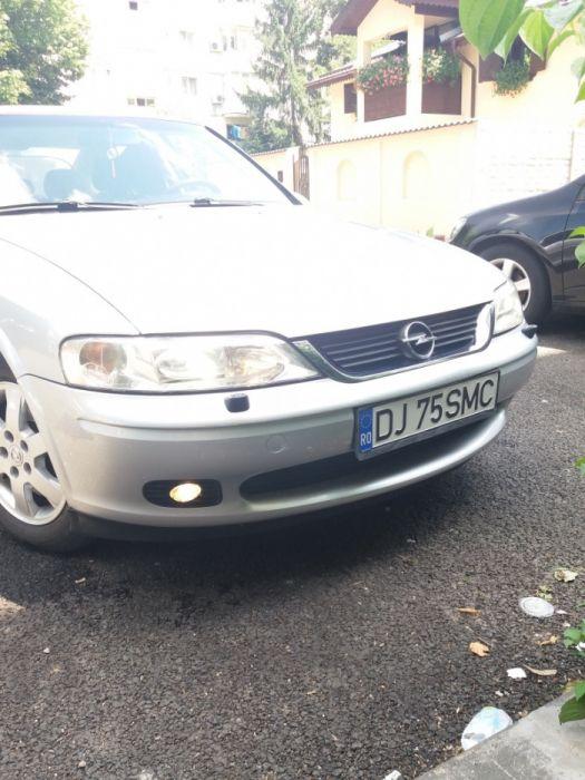 Vand sau schimb Opel vectra b - PRETUL ESTE FIX - Craiova - imagine 1