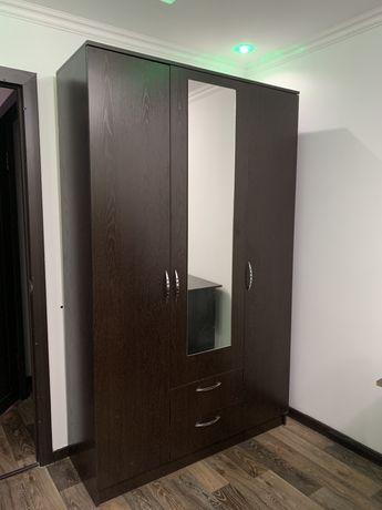 Продам шкаф в хорошем состоянии!