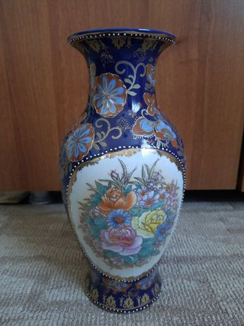 Vaza superba China