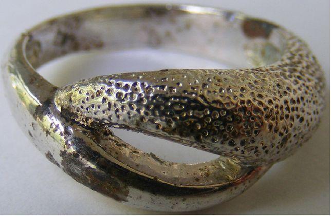 Inel vechi din argint (D)