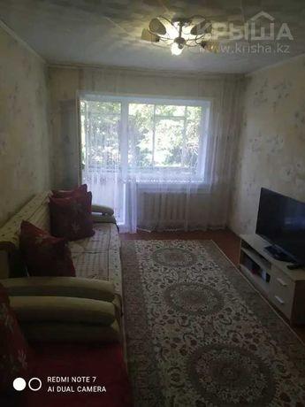 Продам 2-комнатную квартиру, 48 м², 2/5 этаж, Кабанбай Батыра 130
