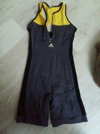 Продам спортивную форму одежду для фитнеса