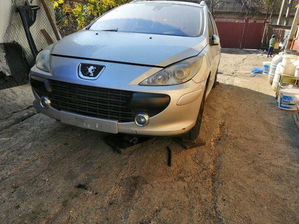 Dezmembrez Peugeot 307 Facelift 1.6 Hdi