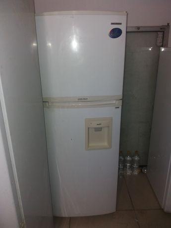 срочно  продам холодильника в хорошем состояние