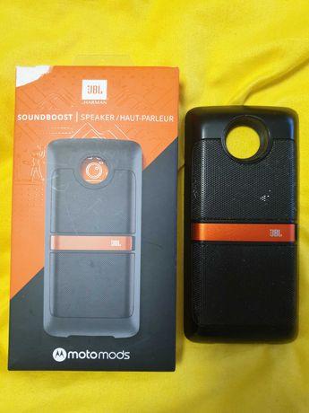 Camera foto 10x zoom, gamepad atasabile la telefon Motorola Moto Z