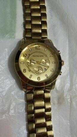 Часовници Michael Kors ,Breitling