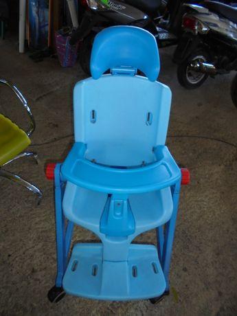 стол за деца с овреждания