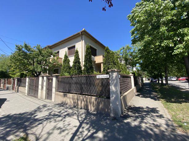 Inchiriez casa situata pe Bl Liviu Rebreanu Timisoara