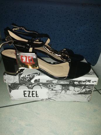Дамски сандали EZEL