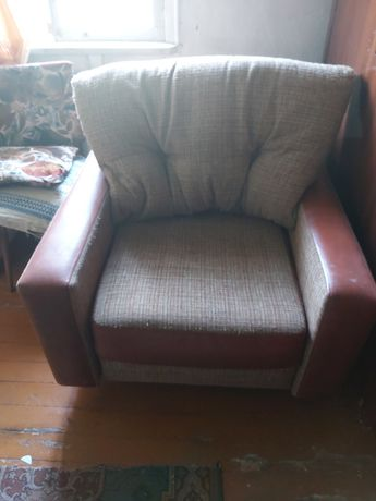 Продам кресло раздвижное,б/у