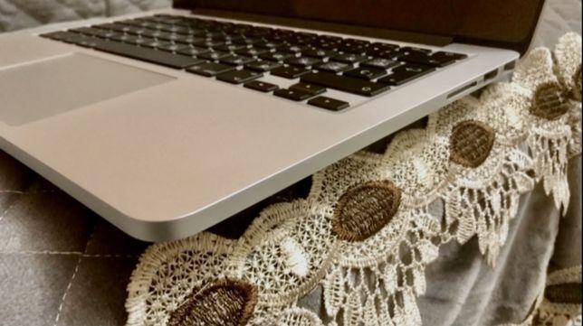 MacBook Pro 13 , 2017 года, Мак Новый ! Не пользованный