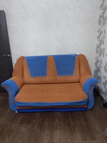 Продам диван кровать хорошем состояние.  35000тн. обрашятся в любое вр