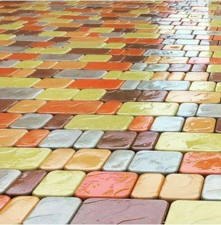 Брусчатка из мелкой плитки Ekam-бетон - 25 лет
