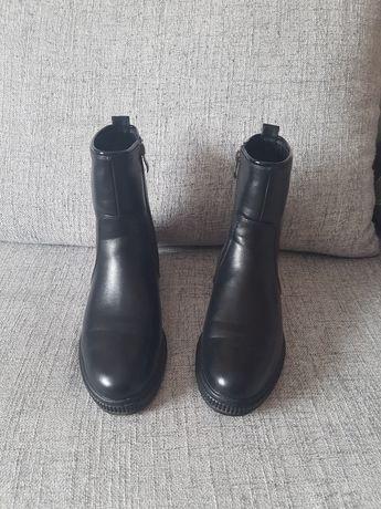 Зимние полусапожки,ботинки 39р.