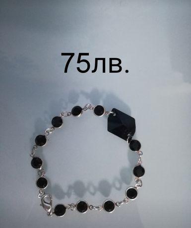 Сребърна гривна с кристали Сваровски