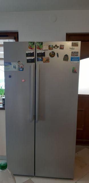 Vand frigider Side by Side Beko