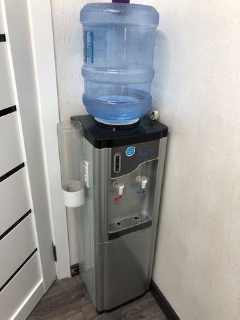 Продам диспенсер для воды