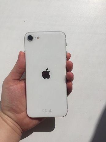 iphone SE 2 2020 года 64Gb